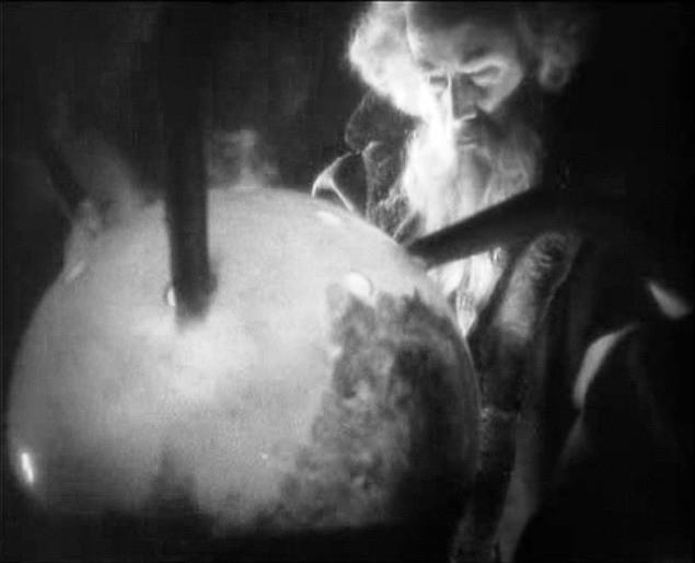 Gösta Ekman in una sequenza di FAUST