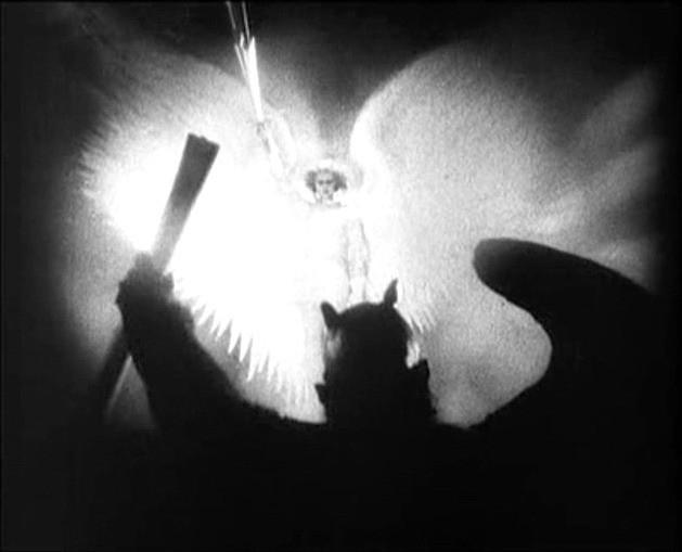 Werner Fuetterer in una scena di FAUST