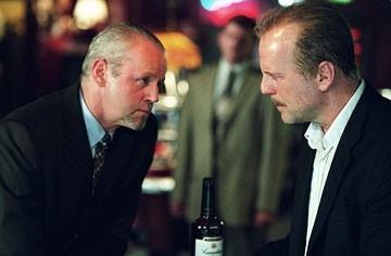 David Morse e Bruce Willis in Solo due ore