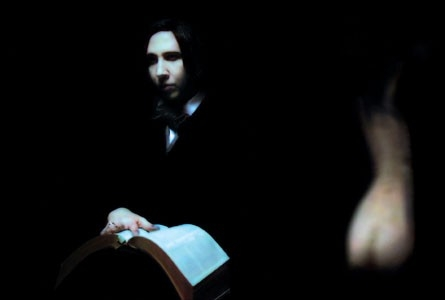 Marilyn Manson in una scena di Phantasmagoria