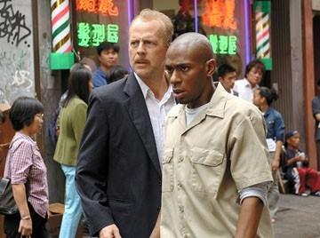 Mos Def e Bruce Willis in Solo due ore