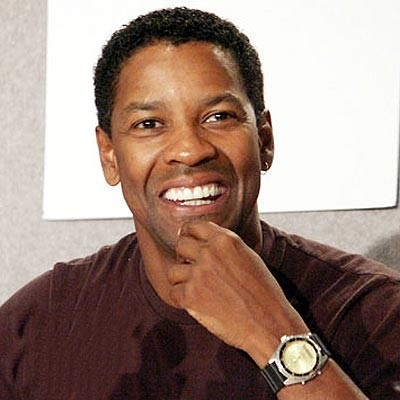 un sorridente Denzel Washington