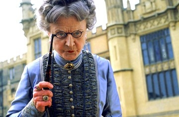 Angela Lansbury in Nanny McPhee - Tata Matilda