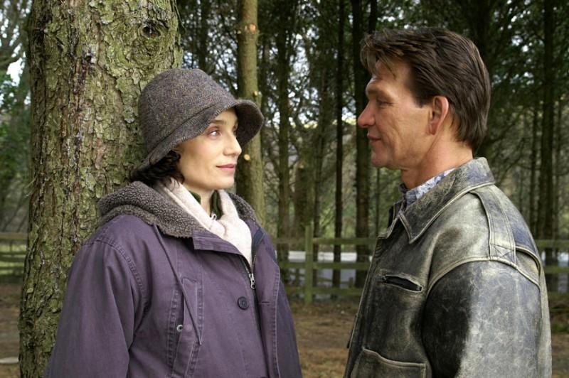Kristin Scott Thomas e Patrick Swayze in La famiglia Omicidi - Keeping Mum