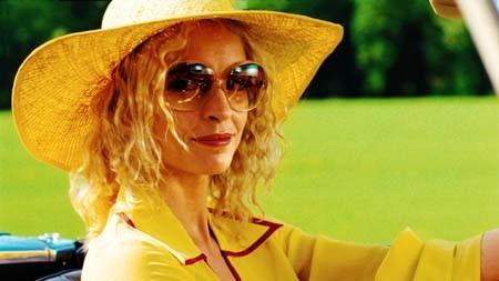 Nina Hoss in una scena del film Le particelle elementari