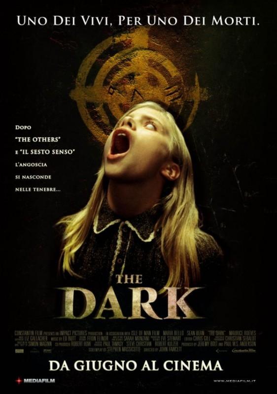 La locandina italiana di The Dark