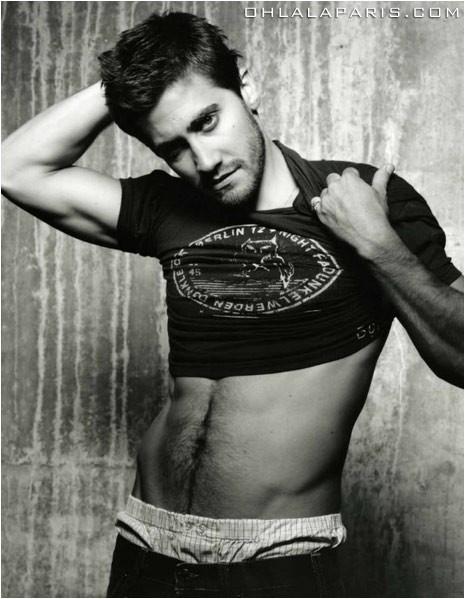 Jake Gyllenhaal si spoglia?
