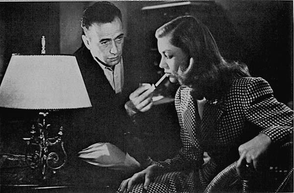 Humphrey Bogart con Lauren Bacall in una scena di IL GRANDE SONNO