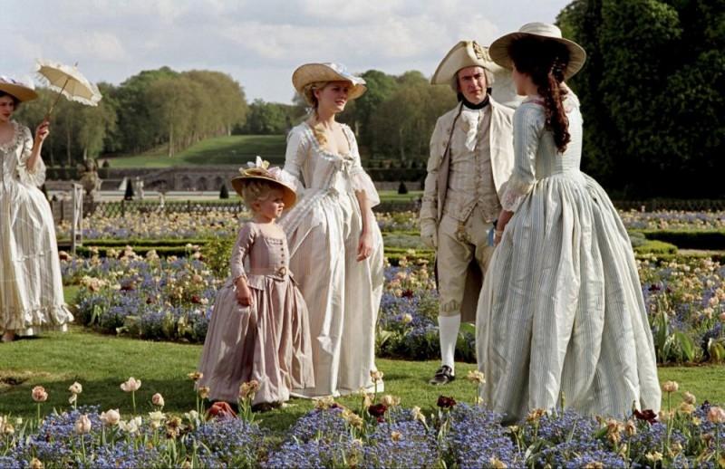 Kirsten Dunst nel ruolo della Regina di Francia, Marie-Antoinette