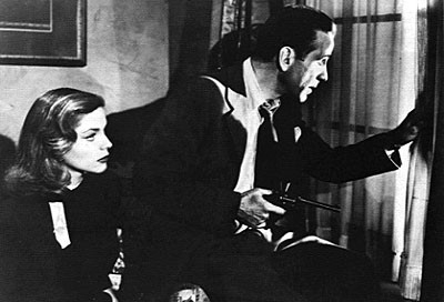 Bacall e Bogart in una scena di IL GRANDE SONNO
