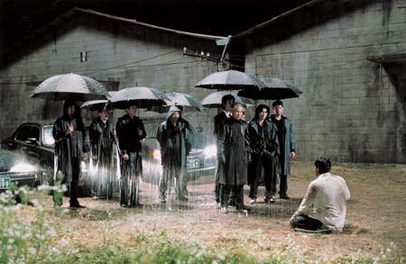 Una scena del film Bittersweet Life