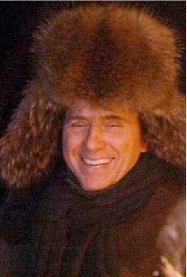 Un foltissimo colbacco per Silvio Berlusconi