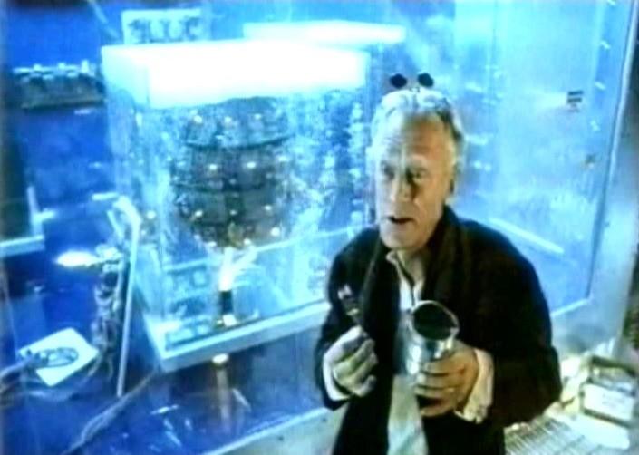 Max von Sydow in una scena di FINO ALLA FINE DEL MONDO