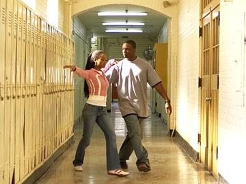 Rob Brown e Yaya DaCosta in una scena del film Ti va di ballare? - Take the Lead