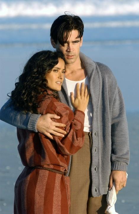 Colin Farrell e Salma Hayek in Chiedi alla polvere, tratto da un romanzo di John Fante