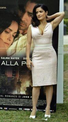 La star messicana Salma Hayek a Roma per presentare Chiedi alla Polvere