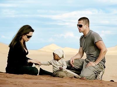 Angelina Jolie, Brad Pitt e il piccolo Maddox