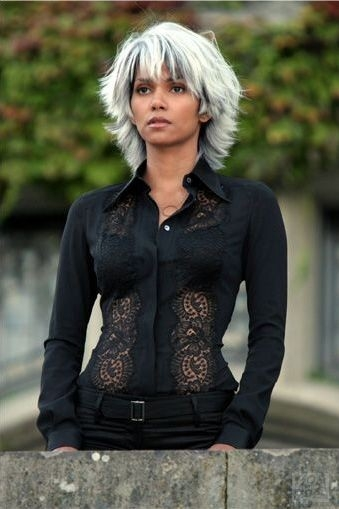 Halle Berry in una scena di X-Men: Conflitto Finale