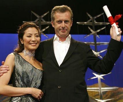Michelle Yeoh con Bruno Dumont, vincitore del Grand Prix