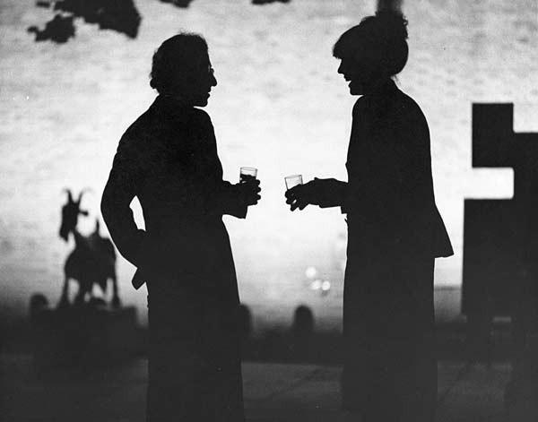 Diane Keaton e Woody Allen in una scena di Manhattan