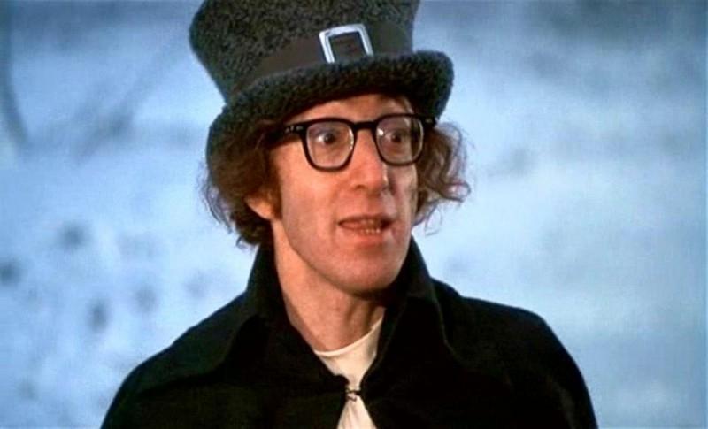 Woody Allen in una scena di AMORE E GUERRA