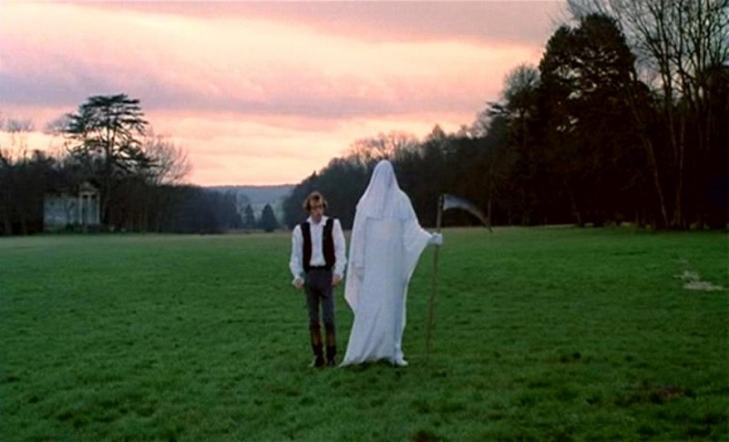 Woody Allen in una celebre scena di AMORE E GUERRA