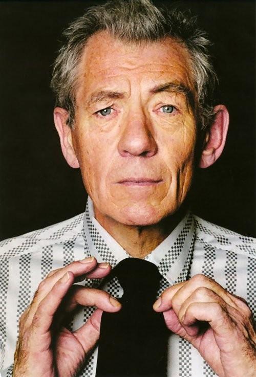 Ian McKellen. Il talentuoso attore inglese è nato nel 1939