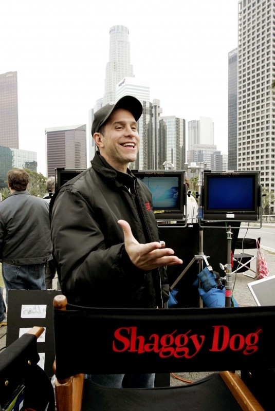 Il regista Brian Robbins sui set del film The Shaggy Dog