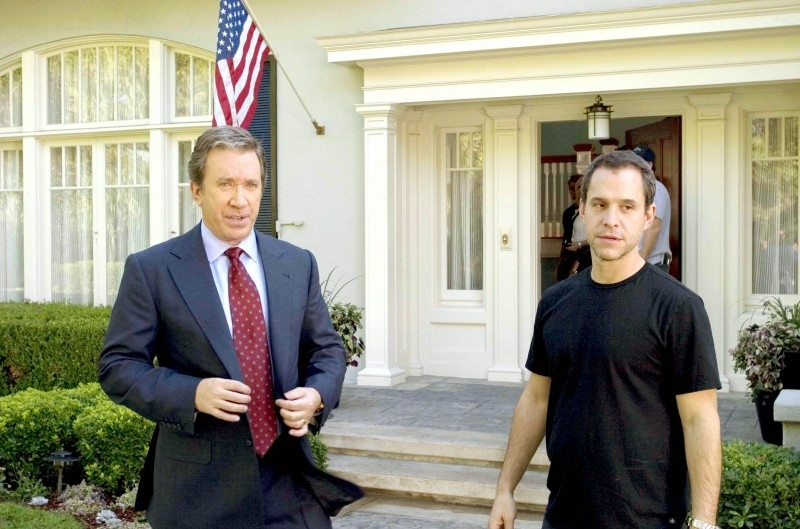 Tim Allen e il regista Brian Robbins sui set del film The Shaggy Dog