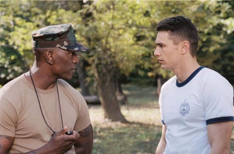 Tyrese Gibson e James Franco in una scena del film Annapolis