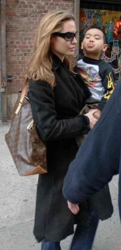 Angelina Jolie e il piccolo Maddox
