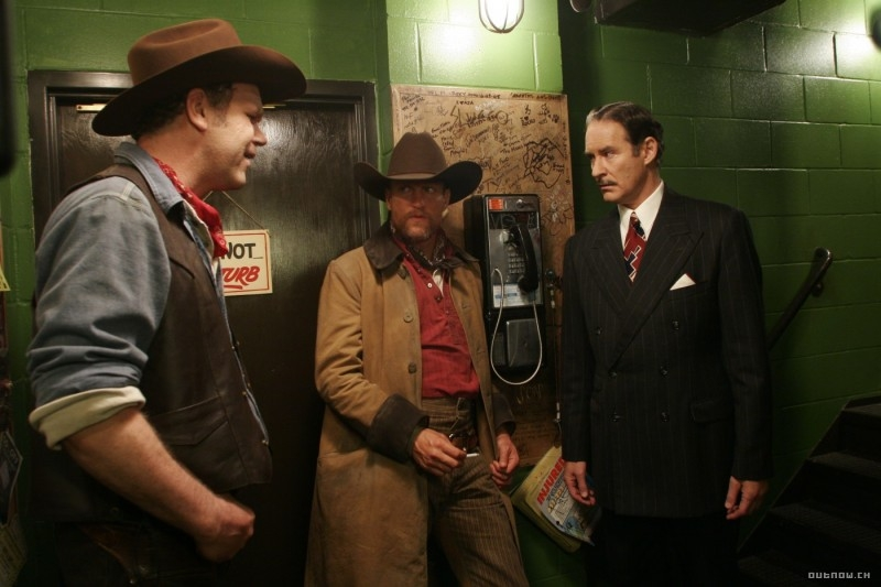 John C. Reilly, Woody Harrelson e Kevin Kline in  in una scena del film Radio America