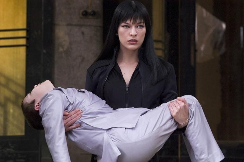 Milla Jovovich in una scena di Ultraviolet, del 2006