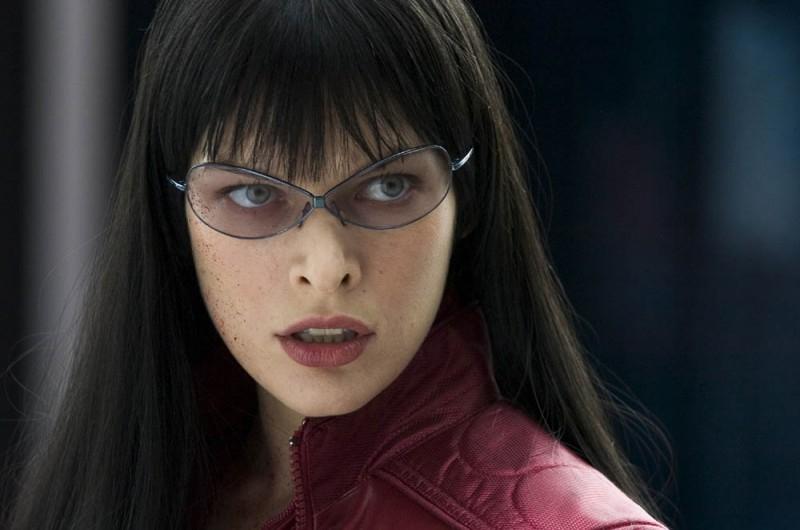 La bella Milla Jovovich in una scena di Ultraviolet