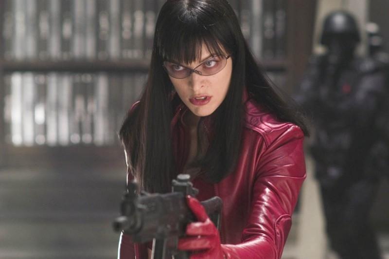 Una seducente Milla Jovovich in una scena di Ultraviolet
