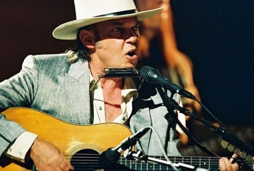 Neil Young in Neil Young: Heart of Gold