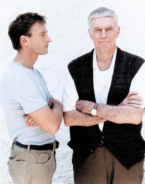 Thomas Kretschmann e Charlton Heston in My Father - Rua Alguem 5555