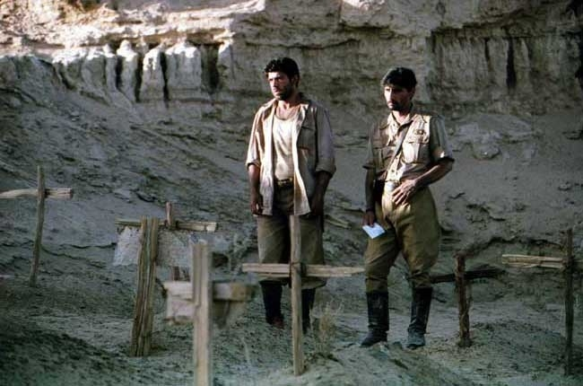Emilio Solfrizzi e Pierfrancesco Favino in El Alamein
