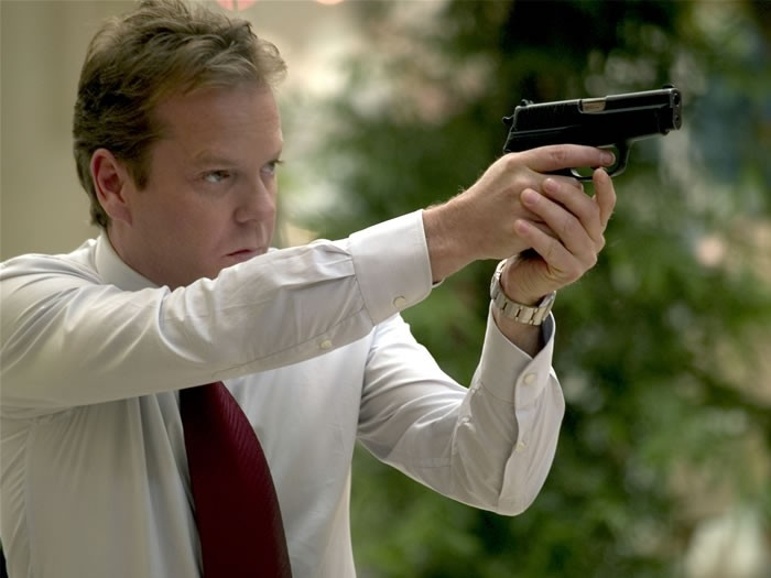 Kiefer Sutherland in una scena del film The Sentinel