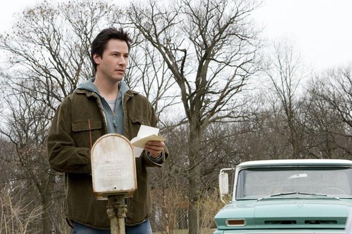 Keanu Reeves in una scena del film  La casa sul lago del tempo (2006)