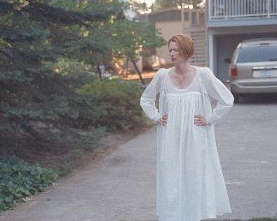 Tilda Swinton in una scena del film Thumbsucker - il succhiapollice