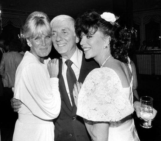 Aaron Spelling con Linda Evans e Joan Collins