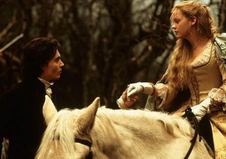 Christina Ricci con Johnny Depp ne Il mistero di Sleepy Hollow
