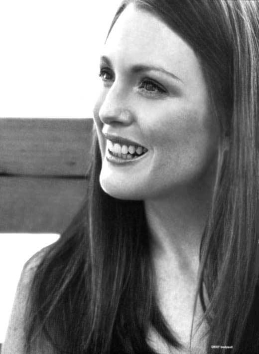 una sorridente Julianne Moore