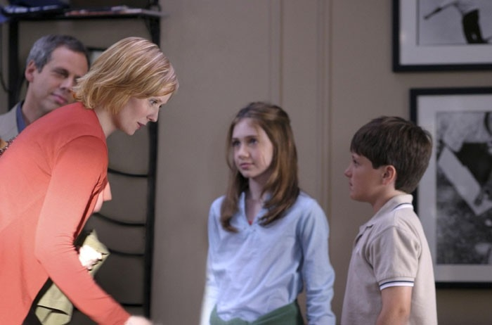 Cynthia Nixon, Charlie Ray e Josh Hutcherson in una scena del film Innamorarsi a Manhattan