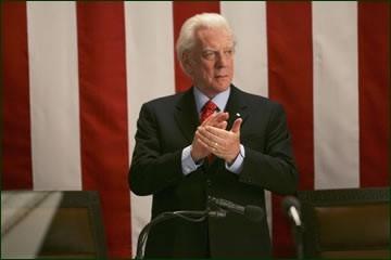 Donald Sutherland in 'Una donna alla Casa Bianca'