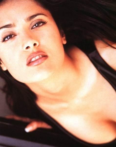 Salma Hayek - L'attrice messicana è nata il 2 settembre '66 sotto il segno della Vergine.