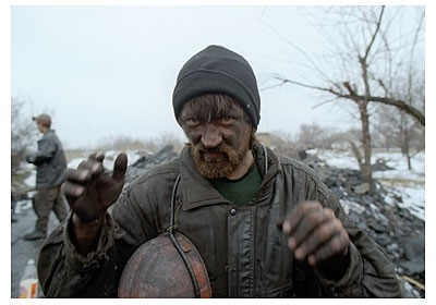 Una scena del film Workingman's Death