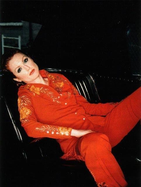 Julianne Moore in rosso