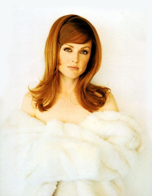 Julianne Moore in versione 'bambola sexy'